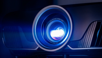 Best Projector under 1000 – Some Serious Contenders on the 2021 Reviews