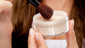 6 Best Face Powders for Womens